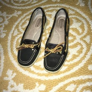 Sperry- Top-Sider